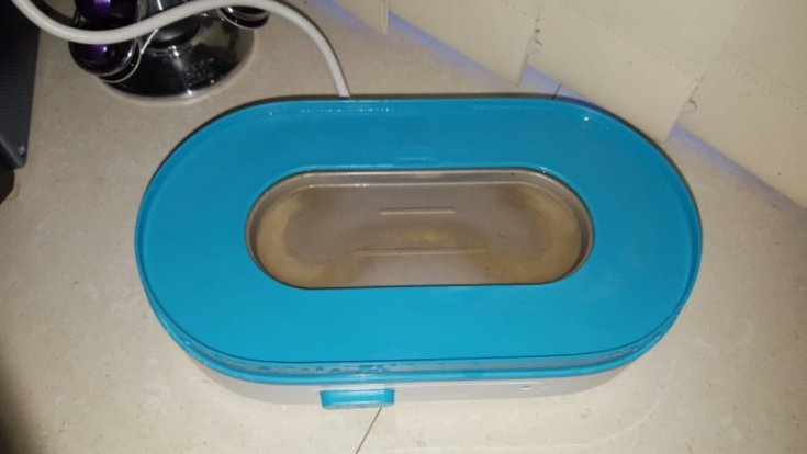 You are reading: Product Review: Philips Avent 3-in-1 Electric Steam Sterilizer and How to Sterilize Baby Bottles! This is an example taken from the web of limescale buildup on a sterilizer - you can see the brown patches!